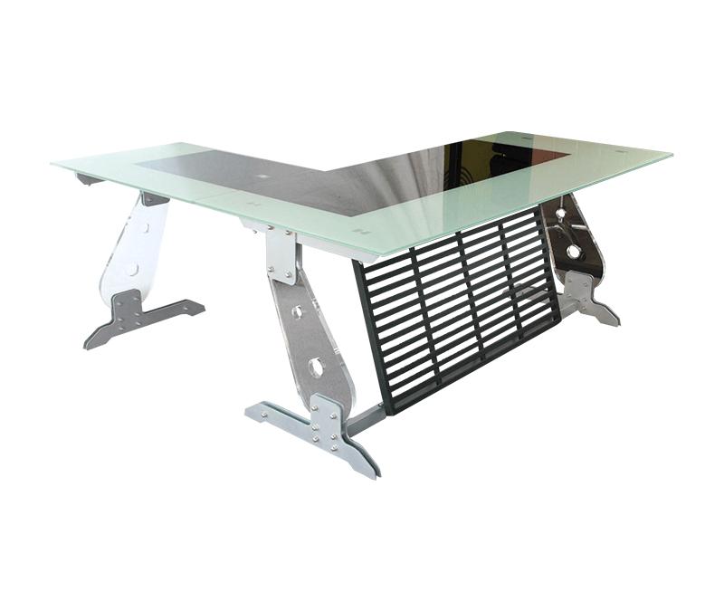¿Por qué elegir un escritorio de cristal para tu oficina?